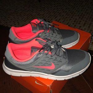 Nike Oribe Grey & Orange